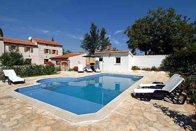 Pool mit Sonnenterrasse - Objekt 138495-6