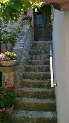 Treppe vom Innenhof in den 1.Stock
