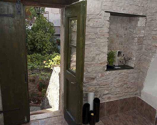Tür zur Küche im Erdgeschoss - Objekt 145010-1
