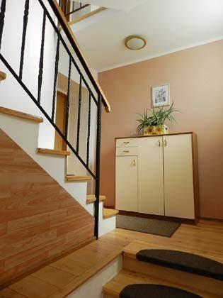 Treppenaufgang zur 1. Etage - Bild 2 - Objekt 153168-1