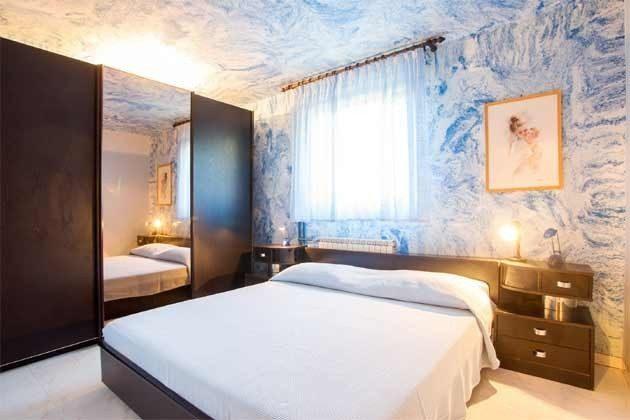 Schlafzimmer 1 - Bild 1 - Objekt 160284-101