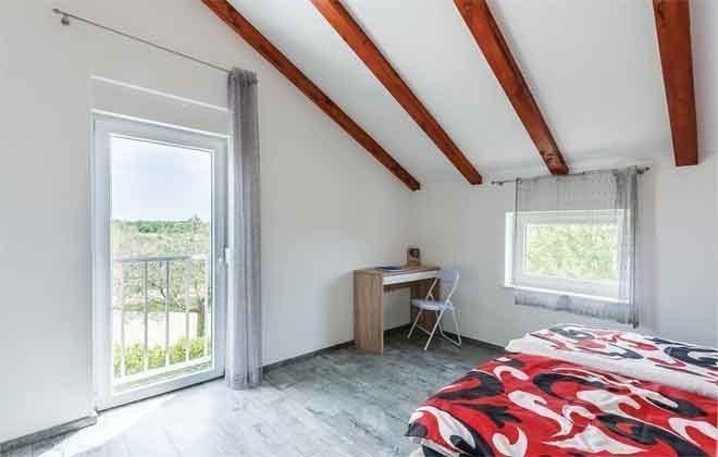 Schlafzimmer 1 - Bild 2 - Objekt 160284-111