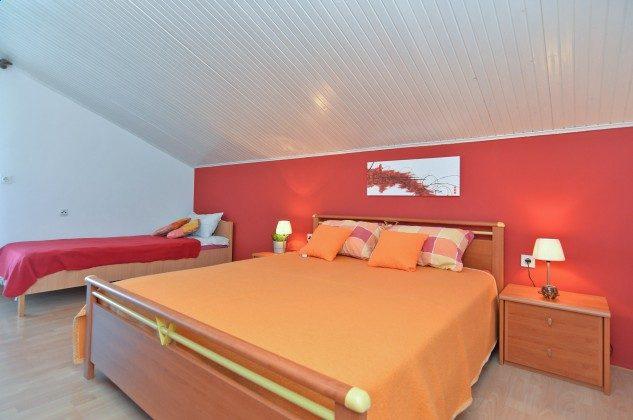 Schlafzimmer 2 - Bild 2 - Objekt 160284-126