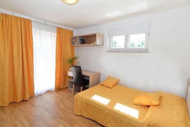 Schlafzimmer 1 von 5 - Bild 1 - Objekt 160284-135