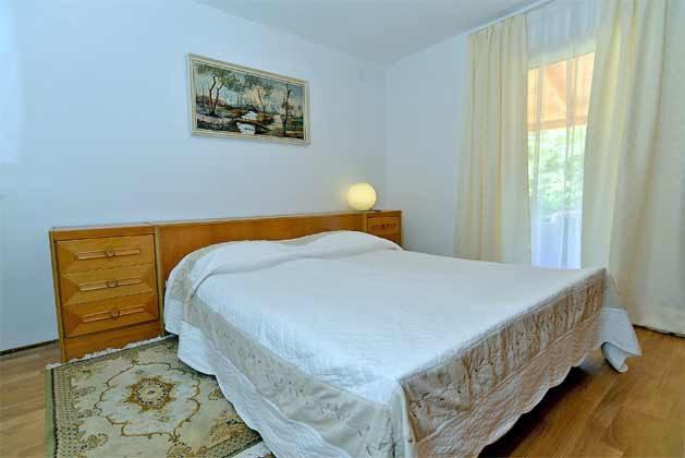 Schlafzimmer 2 von 5 - Bild 1 - Objekt 160284-135