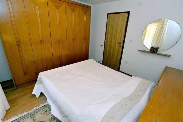 Schlafzimmer 2 von 5 - Bild 2 - Objekt 160284-135