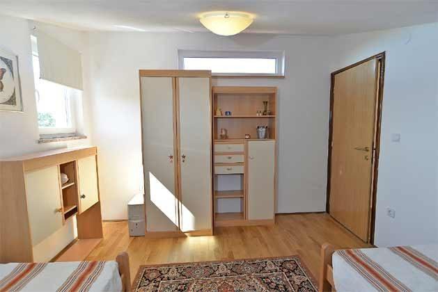 Schlafzimmer 3 von 5 - Bild 2 - Objekt 160284-135