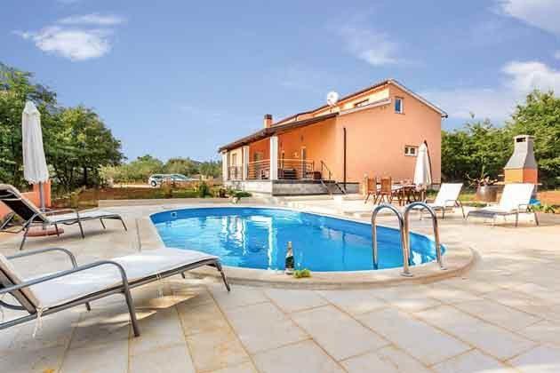 Haus und Pool - Objekt 160284-135