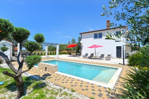 Ferienhaus und Pool - Bild 2 - Objekt 160284-148