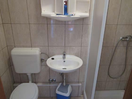 Duschbad des Doppelzimmers - Objekt 160284-14