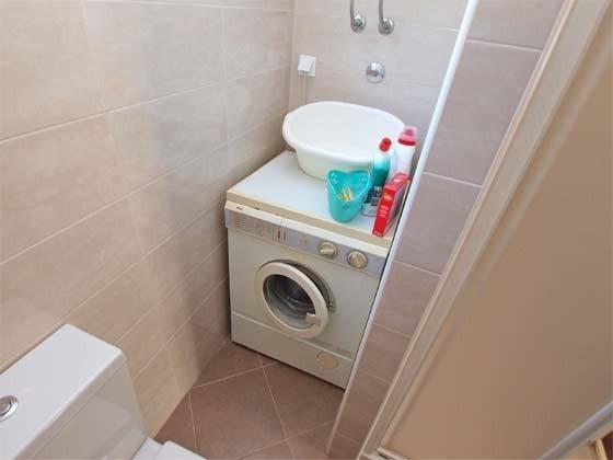 Waschmaschine im Duschbad - Objekt 160284-152