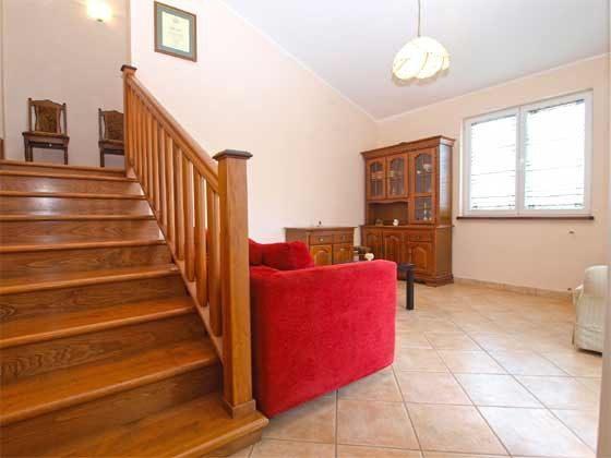 Treppe ins Obergeschoss - Objekt 160284-156