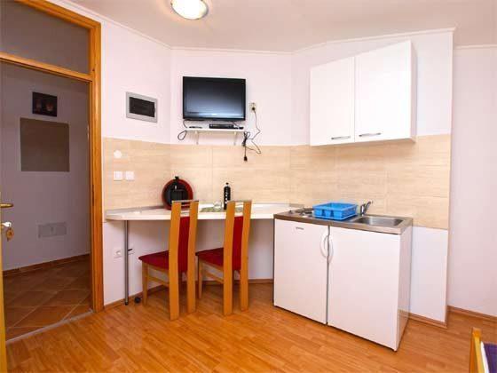ST1 Küchenzeile und Essplatz - Objekt 160284-159