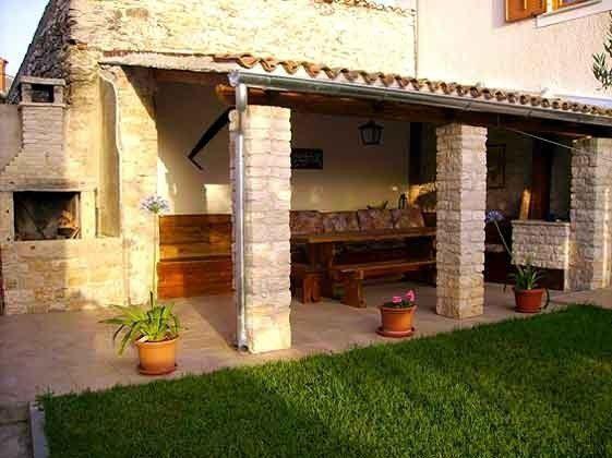 Terrasse und gemauerter Gartengrill- Objekt 160284-15