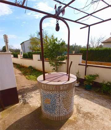 Brunnen im Garten  - Objekt 160284-165
