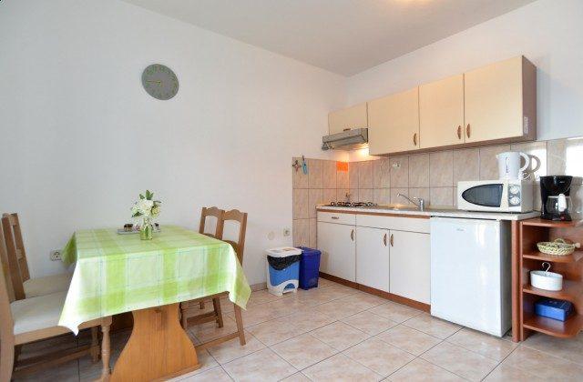 FW3  Schlafcouch in der Wohnküche - Objekt 160284-173