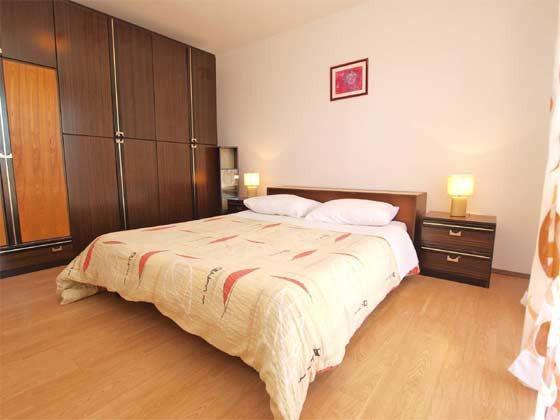 Schlafzimmer 1 - Bild 2 - Objekt 160284-176
