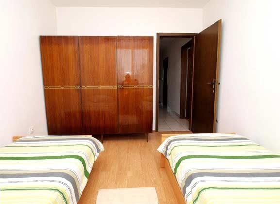 Schlafzimmer 2 - Bild 3 - Objekt 160284-176