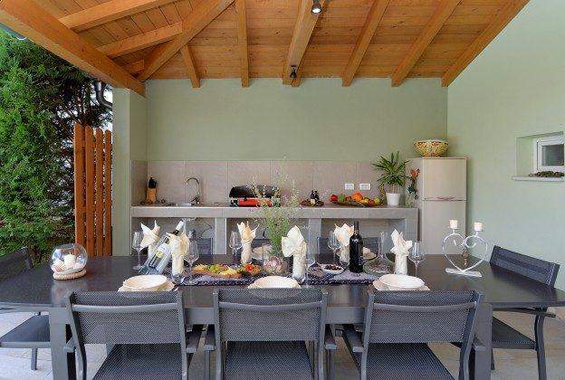 Sommerküche am PoolAbendbeleuchtung am Pool - Bild 1 - Objekt 160284-17
