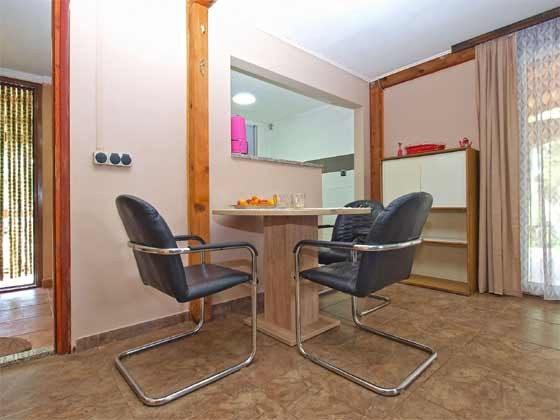 Essplatz vor der Küche  - Objekt 160284-183