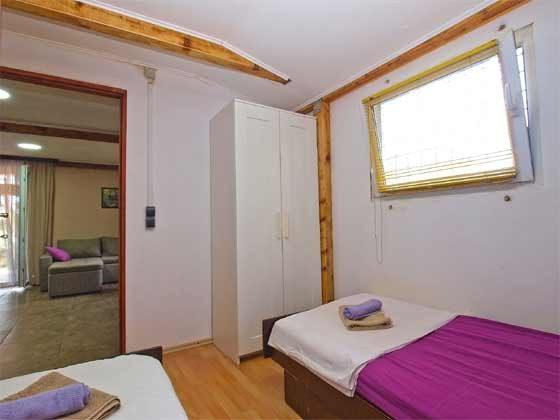 Schlafzimmer 1 - Bild 1  - Objekt 160284-183