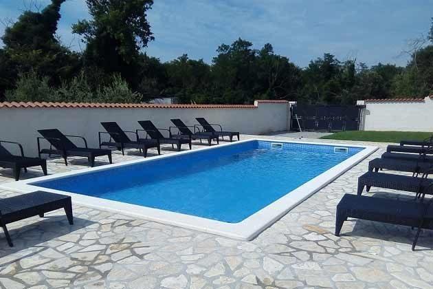 der Pool - Objekt 160284-195