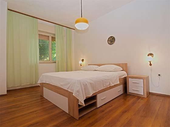 Schlafzimmer 1 EG - Bild 1 - Objekt 160284-217