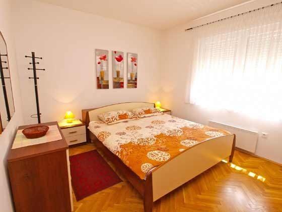 OG Schlafzimmer 1 (Doppelbett)