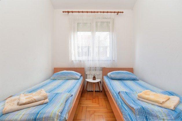 Schlafzimmer mit 2 Einzelbetten A1-A4 - Beispiel 1 - Objekt 160284-236