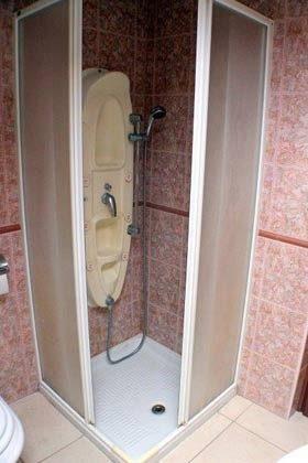 Bad 1 Duschbad