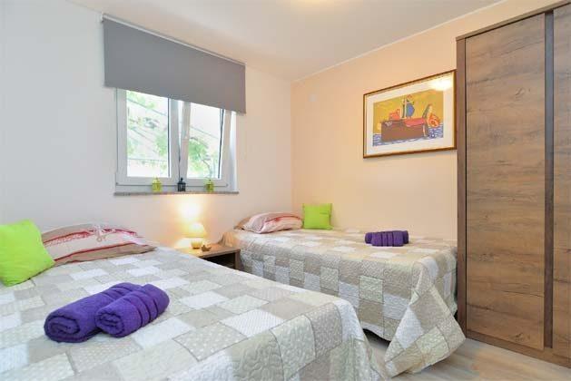 Schlafzimmer 1 - Bild 1 - Objekt 160284-240