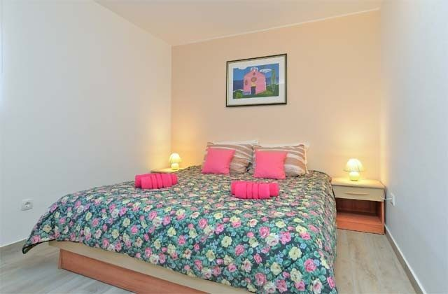 Schlafzimmer 2 - Bild 1 - Objekt 160284-240
