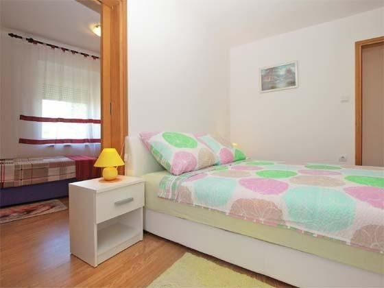 Schlafzimmer mit Doppelbett - Bild 2 - Objekt 246