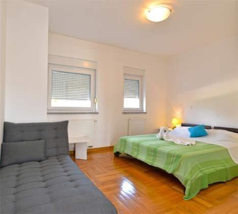 Schlafzimmer 1 - Bild 3 - Objekt 160284-257