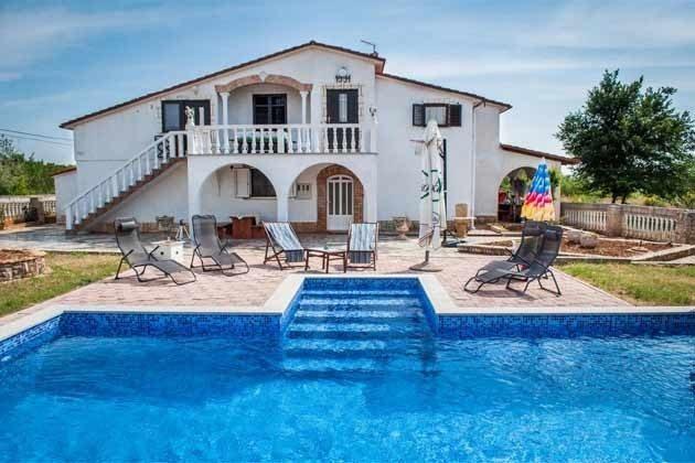 Haus und Pool -  Bild 2- Objekt 160284-266