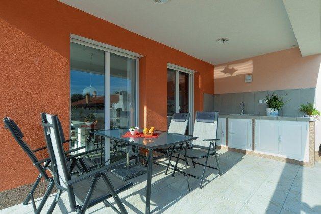 Terrasse mit Sommerküche - Bild 2 - Objekt 160284-270