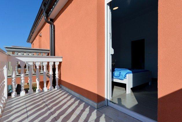 Schlafzimmer 1 Balkon - Objekt 160284-270