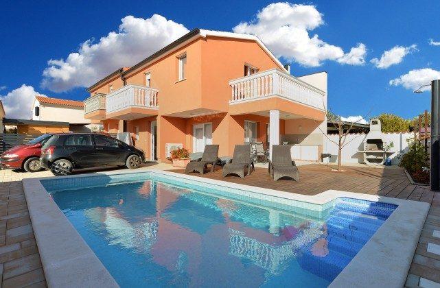 Ferienhaus und Pool - Objekt 160284-270