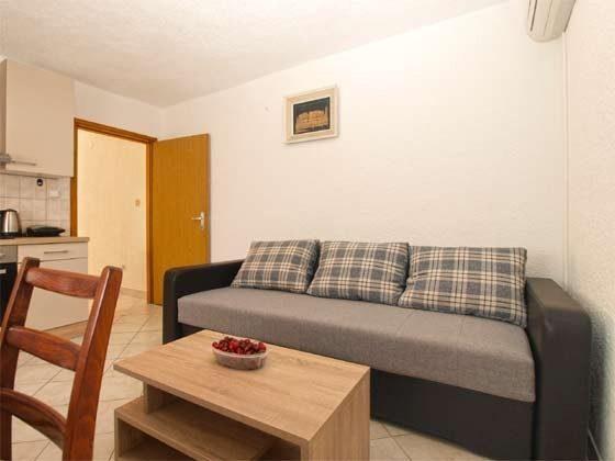FW1 Schlafcouch in der Wohnküche - Objekt 160284-280