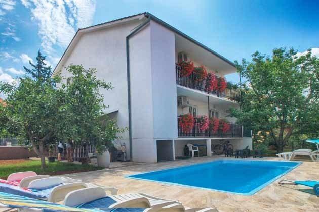 Haus und Pool - Objekt 160284-280
