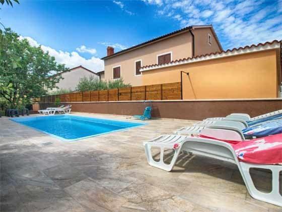 Pool und Poolterrasse - Bild 2 - Objekt 160284-280