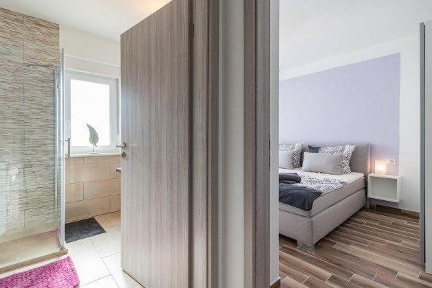 Schlafzimmer 1 und Duschbad 1 - Objekt 160284-283
