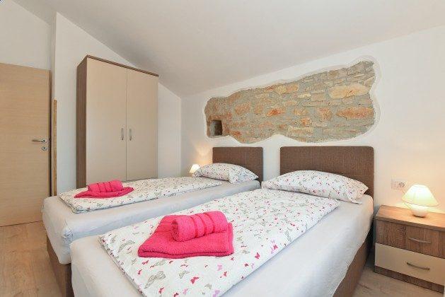 Schlafzimmer 2 - Bild 1 - Objekt 160284-295