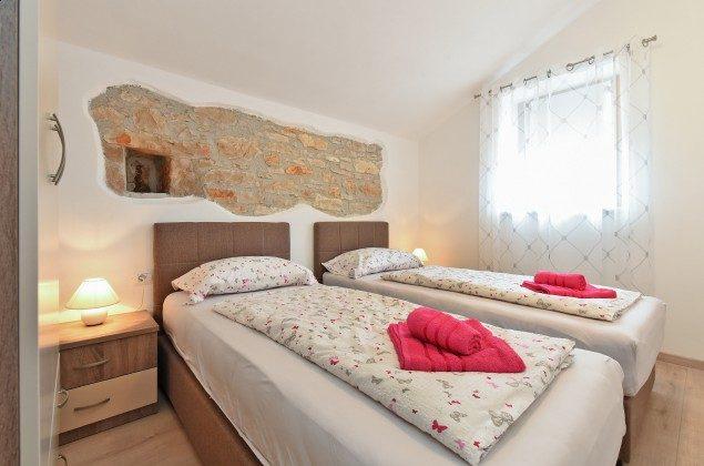 Schlafzimmer 2 - Bild 2 - Objekt 160284-295
