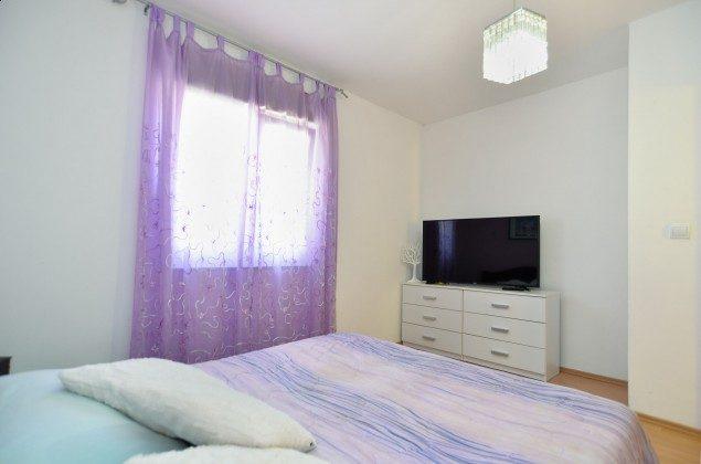 Schlafzimmer 1 - Bild 1 - Objekt 160284-304
