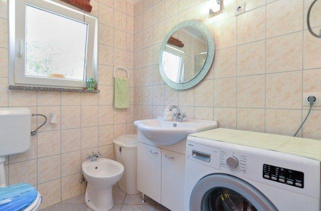 Duschbad 1 von 2 - Bild 1 - Objekt 160284-304