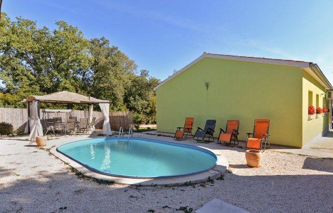 Ferienhaus und Pool - Objekt 160284-304