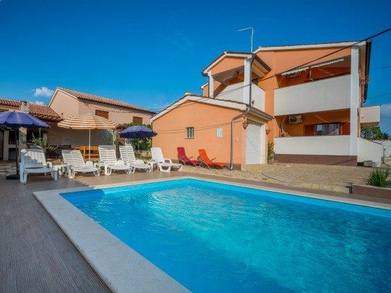 Ferienhaus und Pool - Bild 2 - Objekt 160284-305