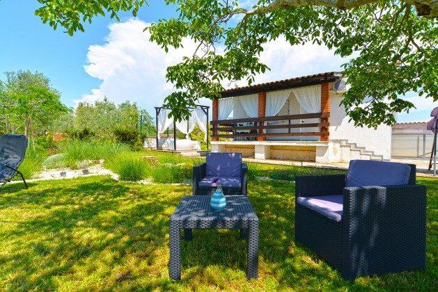 Ferienhaus und Garten - Bild 3 - Objekt 160284-311