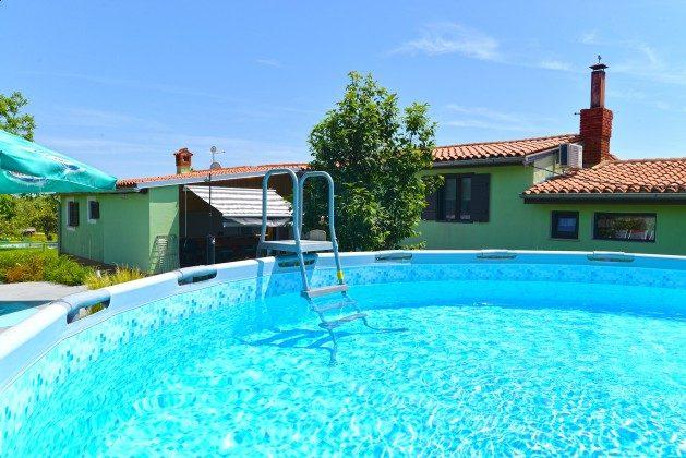 Ferienhaus und Pool - Objekt 160284-319